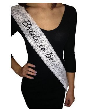 Lace Bride to Be Sash - Perfect for Bachelorette Parties and Bridal Showers (Bachelorette Tiara Und Schärpe)