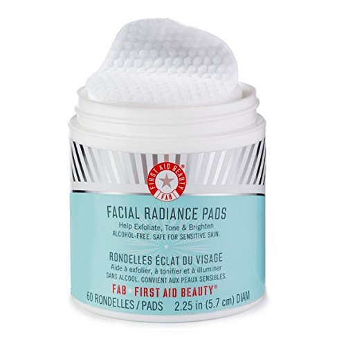 FIRST AID BEAUTY Facial Radiance Pads x 60