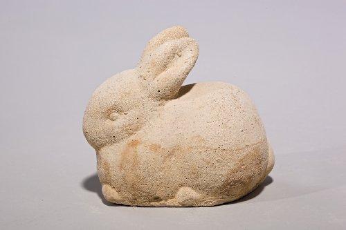 """Häschen """"Frieda"""" - Handarbeit in Sandsteinoptik - 10 x 8 x 11 cm"""