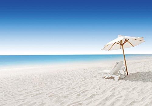 Wallario Wand-Bild 70 x 100 cm | Motiv: Sonnenliege am weißen Strand unter blauem Himmel |...