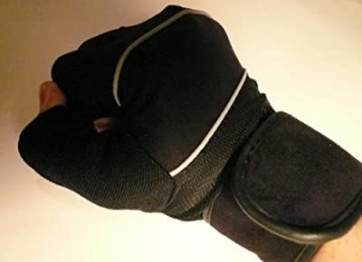 Amara Gym / Weight Lifting Training Gloves With Wrist Support *small* from Solid Fitness