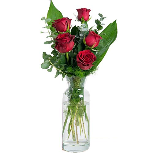 Fiori freschi a domicilio - mazzo di 5 rose rosse fresche arricchito da foglie e verde di stagione, consegnato a domicilio