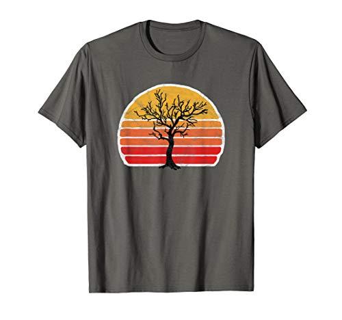 Retro Sun Minimalist Leafless Maple Tree Design Graphic  T-Shirt - Tree Hugger Gelben T-shirt