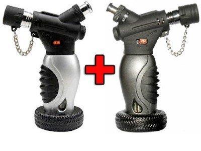 2x Unilite Sturmfeuerzeug mit arrettierbarer Jetflamme im Autoreifen-Design