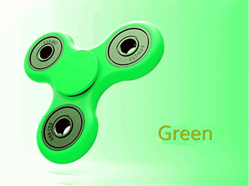 Tri Fidget Hand Spinner Toy,Stress Reducer Ultra Durable High Speed Ceramic Bearing Fidget Finger Toy Can Continue to Rotate for 1-3 minutes - Perfect for ADD / ADHD / Anxiety / Autism And Stress Relief Adult Children,Office Desk Gadget (Green)
