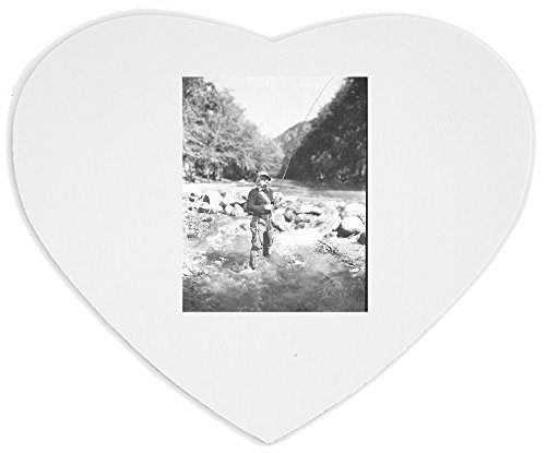 heartshaped-mousepad-with-field-and-stream