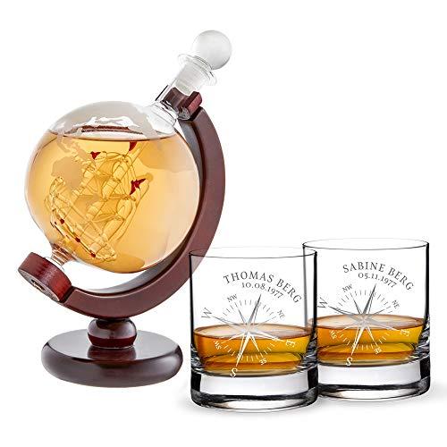 AMAVEL Whiskykaraffe Globus mit Gravur und Schiff - 2er Set Whiskygläser mit Kompass - Personalisiert mit Namen und Datum - Tumbler - Geschenk für Segler und Abenteurer - Dekanter aus Glas