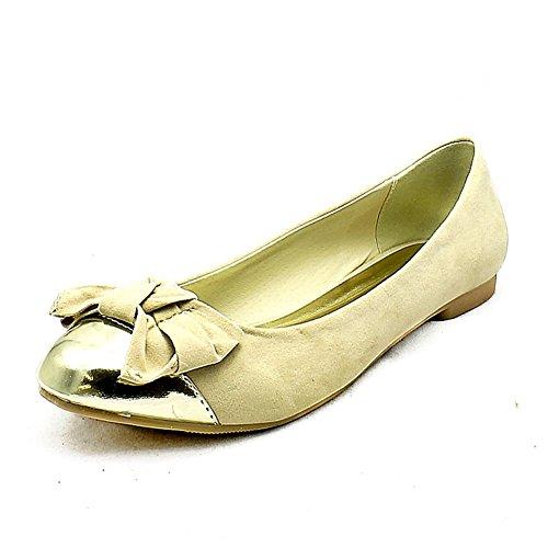 Suédine / chaussures de pompes avec embout en or + arc plat Crème