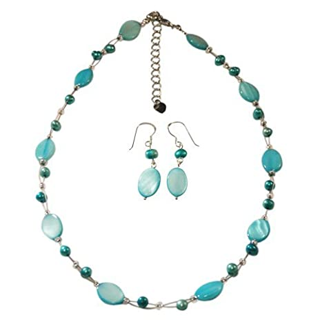 Chic-Net Jewelry: chain earrings made of light blue beads and oval mother of pearl shell pieces