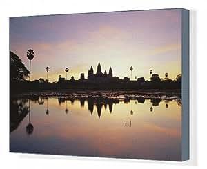 Toile de réflexions en eau des le Matin du temple d'Angkor Wat à Siem