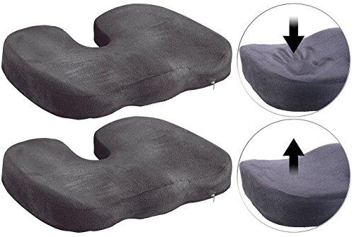 Lescars Kissen: 2er-Set Memory-Foam-Sitzkissen für bequemes Sitzen im Auto, Büro & Co. (Steissbeinkissen)