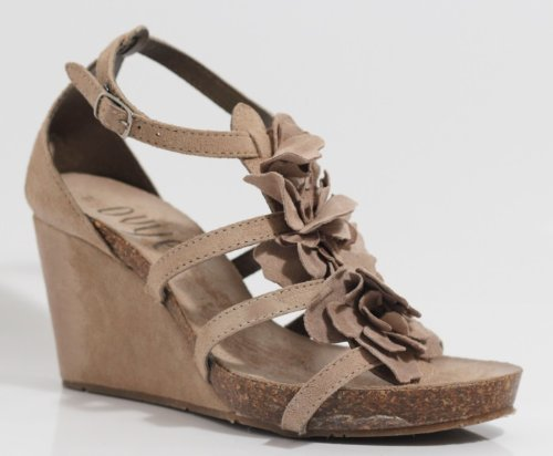 Ovye by Cristina Lucchi , Sandales pour femme Beige Beige
