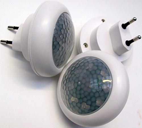 3 er Set LED Nachtlicht mit Bewegungsmelder Steckdose Lampe Notlicht 8 LEDs 0,9W