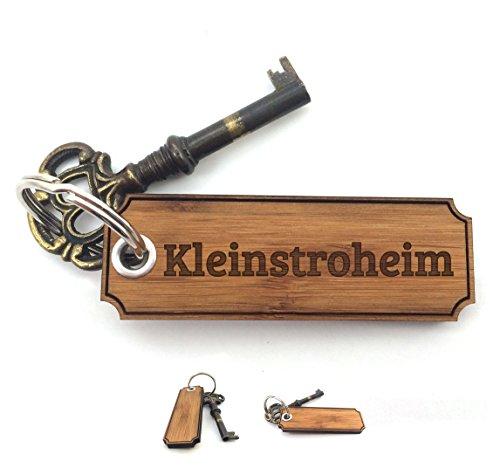 Mr. & Mrs. Panda Schlüsselanhänger Stadt Kleinstroheim Classic Gravur - Gravur,Graviert Schlüsselanhänger, Anhänger, Geschenk, Fan, Fanartikel, Souvenir, Andenken, Fanclub, Stadt, Mitbringsel