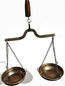 Balance à fléau en laiton avec poignée de levage en bois vintage style ancienne