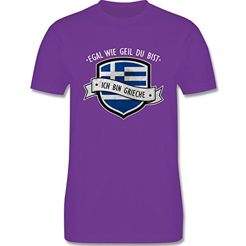 Shirtracer Länder - Egal wie Geil Du BIST - Ich Bin Grieche - Herren T-Shirt Rundhals Lila