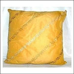Coussin de canapé ocre
