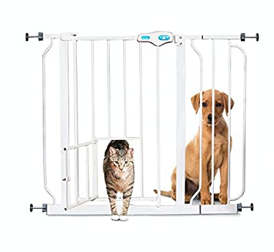 Carlson Pet Products Carlson 0930PW Extra-Wide Walk-Thru Gate with Pet Door