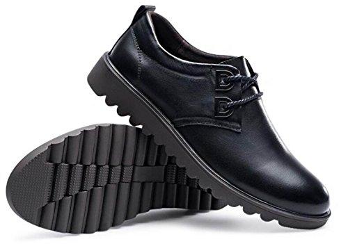 Autunno Scarpe Da Uomo Scarpe Casual Scarpe Di Cuoio Inglesi Uomini Testa Rotonda Pizzo Gioventù Scarpe Selvagge Black
