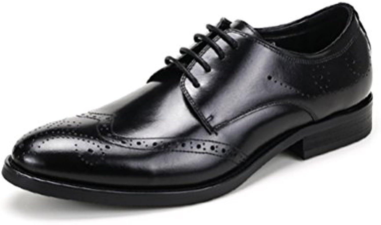 Los Zapatos De Vestir De Los Zapatos De Los Hombres De Verano Llevan Los Zapatos De Los Hombres De Negocios Británicos... -