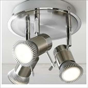 """Plafonnier """"Genoa"""" lumière. GU10 Evalué IP44 (adapté pour les salles de bains - volume 2) 3 spot lumière. Approprié pour ampoules GU10 en led ou fluorescent."""