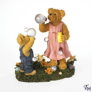 Boyds Bears Bears Blowing Bubbles Figurine by Boyds Bear Collection
