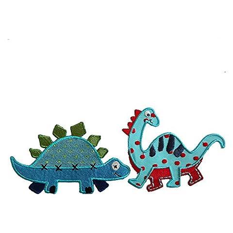 Diplodocus 10X8Cm Stegosaurus 11X7Cm Un monstre de couleur bleue ciel et au cou long. Il a des traits bleus sur son dos et des points rouges partout. Un dino Stegasaurus mignon. Il est bleu aux plaques et pointus vertes.