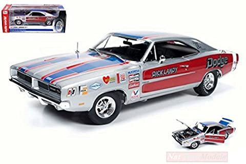 AUTO WORLD AW228 DODGE CHARGER R/T 1969 DICK LANDY 1:18