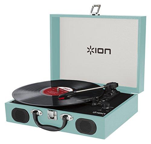 ION Audio Vinyl Transport - Giradischi Ultra Portatile a Tre Velocità (33 1/3, 45 E 78 Giri) Stile 'Valigetta', Altoparlanti Stereo Integrati, Alimentazione con Batterie e Fermo Automatico - Blu