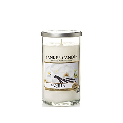 Yankee Candles Medium Pillar Candle - Vanille