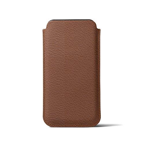 Lucrin - Schutzhülle mit Lasche für iPhone X - Cognac - Ziegenleder Cognac