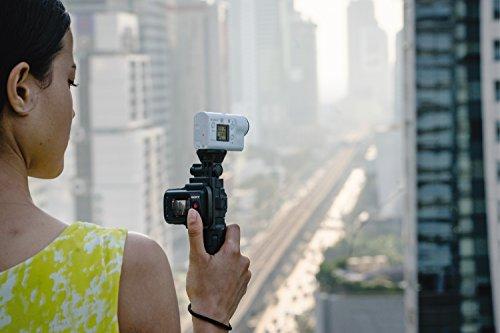 Sony FDR-X3000R 4K Action Cam mit BOSS (Exmor R CMOS Sensor, Carl Zeiss Tessar Optik, GPS, WiFi, NFC) mit RM-LVR3 Live View Remote Fernbedienung, weiß - 63