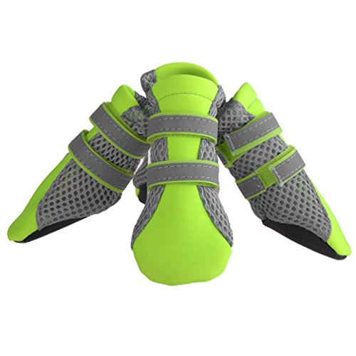 Produktbild bei Amazon - Petacc 4-er Hund Schuhe Luftig Hunde Stiefel Anti-Rutsch Haustier Schuhe Pfotenschutz für Kleinen Hunde mit Reflektierendem Streifen, M