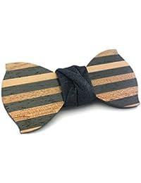 """GIGETTO Papillon in legno fatto a mano con nodo in jeans scuro. Farfallino accessori moda matrimonio cerimonia. Cinturino regolabile in stoffa. Edizione limitata serie """"Dandy""""."""