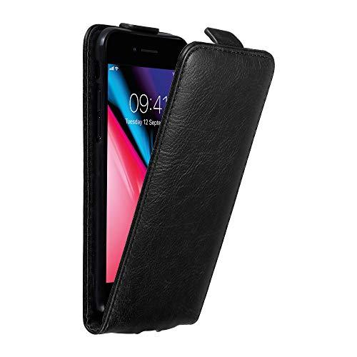 Cadorabo Hülle für Apple iPhone 8 / iPhone 7 / iPhone 7S in Nacht SCHWARZ - Handyhülle im Flip Design mit Magnetverschluss - Case Cover Schutzhülle Etui Tasche Book Klapp Style -