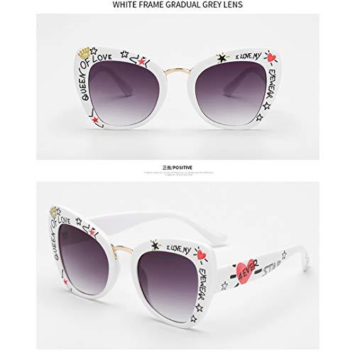 DAIYSNAFDN Übergroße Cat Eye Sonnenbrillen Frauen Cat Eye Brillen lieben Form stilvolle Graffiti C8-White-Grey