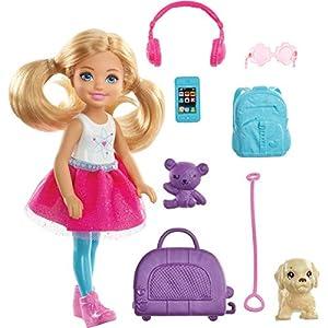 Barbie Chelsea Vamos de viaje con perrito, muñeca con accesorios (Mattel FWV20)