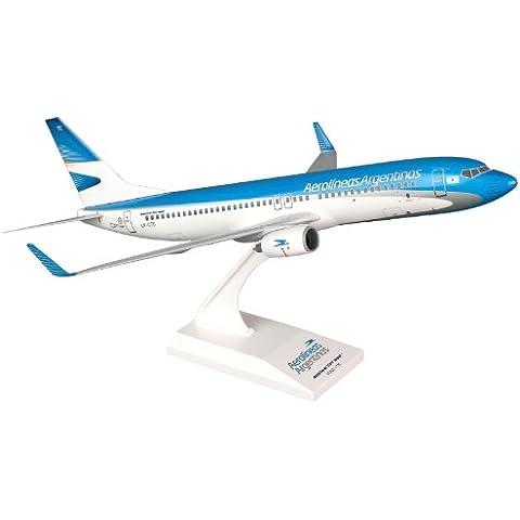 SkymarksSKR704Aerolineas Argentina Boeing 737-800 1:130 Snap-Fit Model