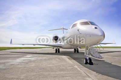 alu-dibond-bild-110-x-70-cm-luxury-private-jet-airplane-side-view-bombardier-global-bild-auf-alu-dib