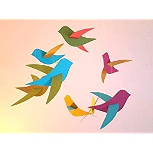 Babymobile, 8 bunte Vögel aus Recyclingkarton und Holzkreis, handgefertigt