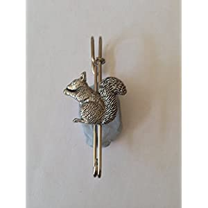 A35sitzend Eichhörnchen Kilt Pin Schal oder Brosche Zinn Emblem 7,6cm 7,5cm handgefertigt in Sheffield