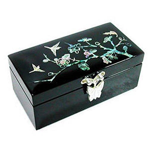 Boîte à bijoux en bois avec miroir. Mère de Pearl incrusté lacquer. papillon bleu