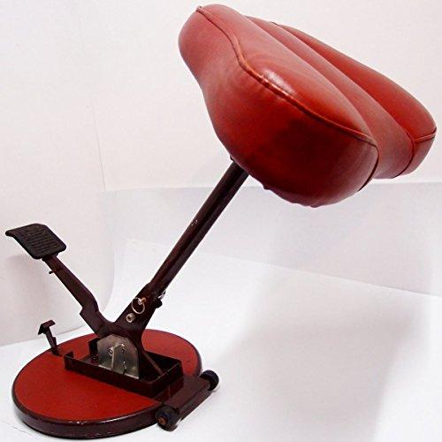 Sitz Steh Hocker Stuhl ergonomisch Stehhilfe Stand up Industrie Design Werkstatt