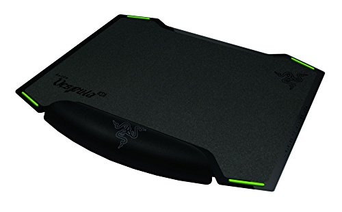 Razer Vespula Dual-Sided Gaming Mouse Mat (Allowing Choice Between Speed and Control, Mouse Pad Preferred by Pro Gamers)