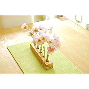 Blumenvase aus Holz und Glas, Holzvase, Reagenzglas, Vase, Blumenwiese