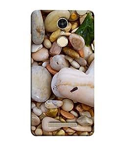 PrintVisa Designer Back Case Cover for Xiaomi Redmi Note 3 :: Xiaomi Redmi Note 3 Pro :: Xiaomi Redmi Note 3 MediaTek (White color Stones designed)