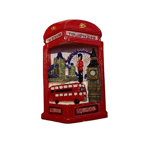 Calamita per frigorifero raffigurante attrazioni di londra, souvenir di viaggio ricordo di viaggio a forma di cabina telefonica rossa. una calamita colorata, da collezione. calamita.