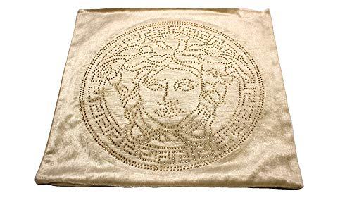 Deko-König Medusa Samt Kissenbezug 45x45 beige mit goldfarbenen Strasssteinen