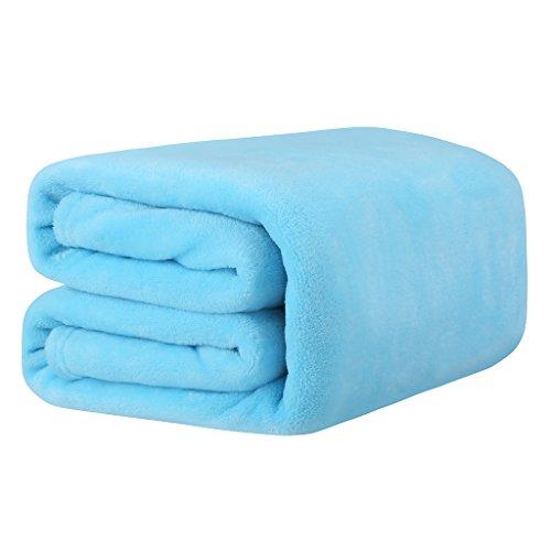 LANGRIA Manta de Sofá y Cama de Microfibra de Poliéster, Suave, Cálida, Resistente a las Arrugas, No pierde Color, para Adultos y Niños, 150x200cm (Azul Celeste)