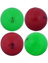 Kosma Coppa del Mondo Inghilterra e Galles 2019 Windball Practice Cricket Ball   Palline da Allenamento morbide - Confezione da 4 - Colore: 2 Verdi, 2 Rosse